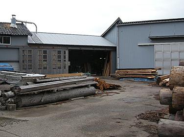 木材・古材保管 |富山・石川の注文住宅・木造住宅・古材リフォームなどの外断熱の家づくり。株式会社アキ