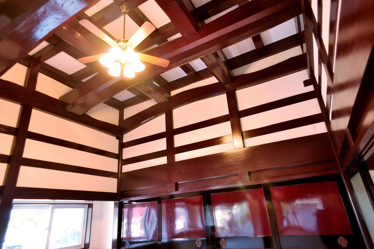 二間続きの枠の内と古材の家「素足で暮らす家」|富山・石川の注文住宅・木造住宅・古材リフォームなどの外断熱の家づくり。株式会社アキ